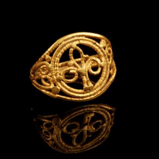 BYZANTINE OPENWORK GOLD RING