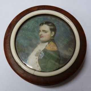 Antique Gold Portrait Box