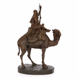 Large Orientalist style sculpture in patinated bronze, by Emile Pinedo
