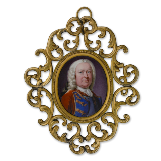 Portrait enamel of Lieutenant General William Hargrave (1672-1751), wearing armour breastplate beneath scarlet coat with blue trim and gold frogging, his wig powdered and tied with black bow