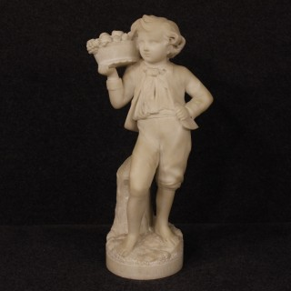 20th Century French Sculpture In Alabaster Depicting Autumn