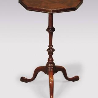 Fine 18th Century mahogany Tripod Table.