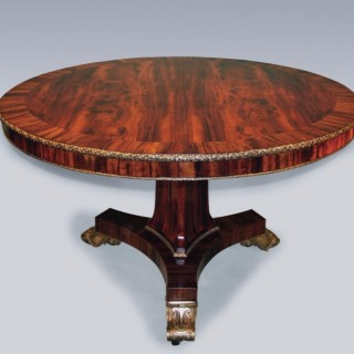 Antique Regency period gonçalo alves wood Breakfast Table.