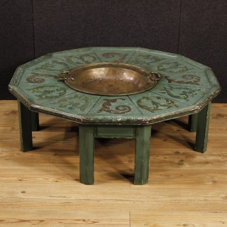 20th Century Lacquered And Painted Center Table