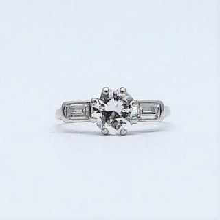 Platinum Art Deco Diamond Solitaire Ring 1.30 Carats