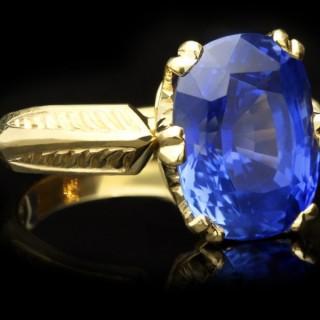 Antique Ceylon sapphire solitaire ring, circa 1900.