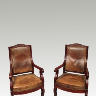 Pair of 19th century mahogany library chairs.