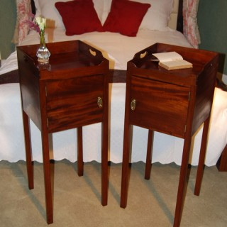 Rare pair of George III Mahogany Bedside Cabinets