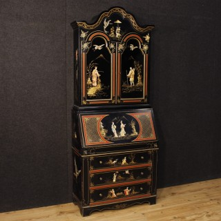 20th Century Painted Lacquered Chinoiserie Trumeau