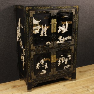 20th Century Lacquered Chinoiserie Sideboard
