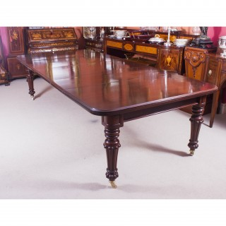 Antique 10 ft Flame Mahogany Extending Dining Table c.1840