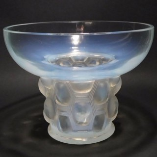 René Lalique Opalescent Glass 'Beautreillis' Vase