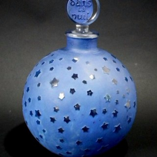 René Lalique Glass Perfume Bottle, 'dans la nuit' (large)
