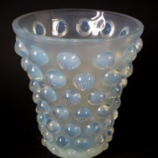 Rene Lalique Opalescent Glass 'Bammako' Vase