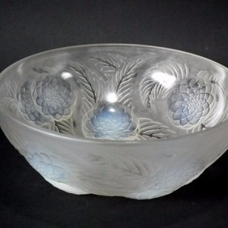 Rene Lalique Opalescent Glass 'Dahlias No1' Bowl