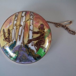 Wedgwood Fairyland Lustre 'Woodland Elves III' brooch