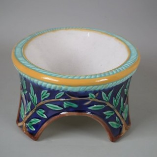 George Jones Majolica Dog Bowl
