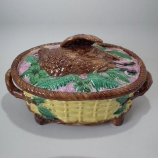 Majolica Partridge game pie dish