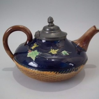 Brownfield Majolica Ivy Teapot