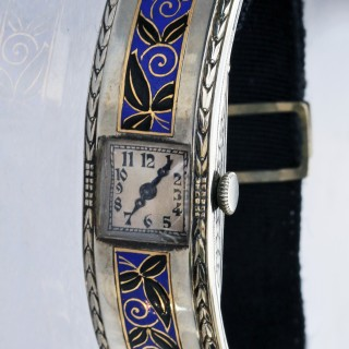 LONGINES Enamelled Gold Wristwatch Style of VIENNA SECESSION (1897-1939)