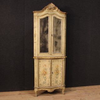 19th Century Antique Lacquered And Painted Venetian Corner Cupboard
