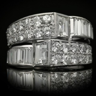 Art Deco diamond cocktail ring, circa 1930.