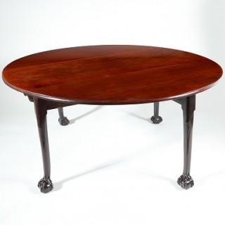 18TH-CENTURY CUBAN MAHOGANY GEORGIAN DINING TABLE