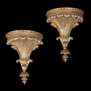 Fine Pair of George III Neoclassical Giltwood Wall Brackets