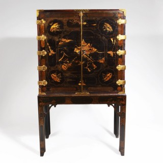 GEORGE III BLACK JAPANNED LACQUER CABINET ON STAND