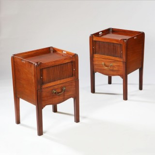 PAIR OF GEORGE III PERIOD TRAY TOP MAHOGANY BEDSIDE CABINETS