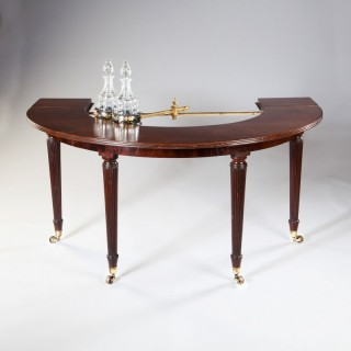 RARE REGENCY MAHOGANY HUNT TABLE ATTRIBUTED TO GILLOWS