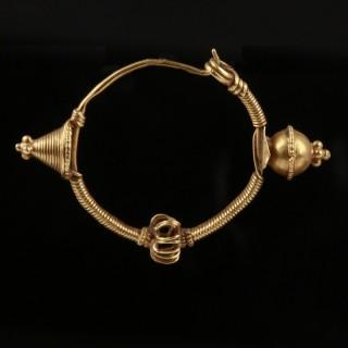 Byzantine Gold Hooped Earrings