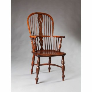 ORIGINAL YEW WOOD WINDSOR CHAIR