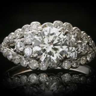 Chaumet diamond cluster ring, French, circa 1935.