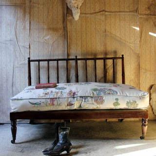 A Good Late Regency Period Faux Bamboo Beech Daybed c.1825-30