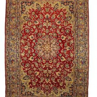 TRADITIONAL PERSIAN ISFAHAN RUG