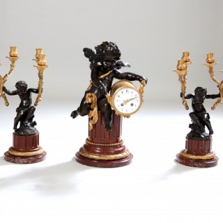 19TH CENTURY BRONZE AND MARBLE CLOCK SET GARNITURE