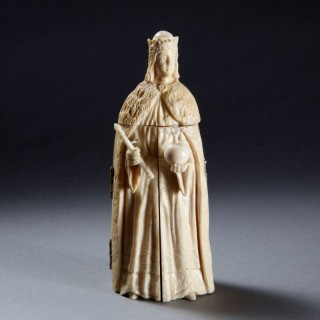 A DIEPPE IVORY TRIPTYCH CARVED AS A MONARCH