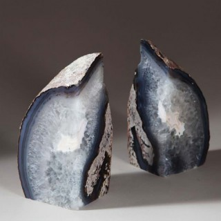 PAIR OF NATURAL GREY POLISHED AGATE STONE BOOKENDS