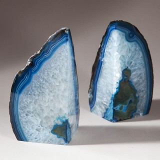 PAIR OF POLISHED AGATE STONE BOOKENDS