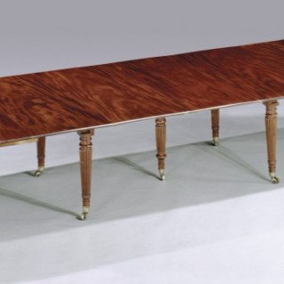 Antique Regency period mahogany Extending Dining Table in the manner of Gillows