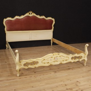 Italian Bed In Lacquered, Painted And Gilt Wood From 20th Century