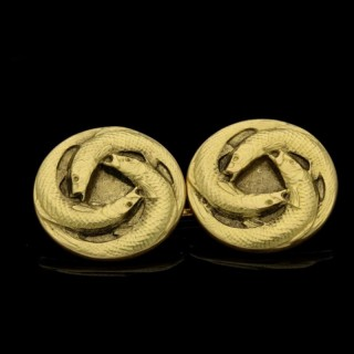 Rene Lalique Gold Cufflinks with four  Circular Terminals  with Three Circling Fish circa 1900