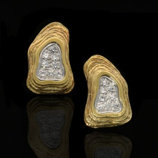 Crinnan Jewellery Ltd 18 Carat Gold and Pavé Diamond Abstract Design Clip Earrings