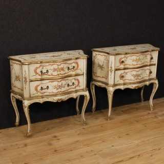 Pair Of Venetian Commodes In Lacquered And Painted Wood From 20th Century