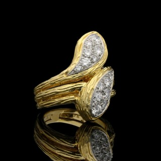 Van Cleef & Arpels  Gold and Diamond Double Headed Snake Ring , Circa 1970s