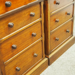 Pair of Neat Victorian Chest of Drawers or Bedsides