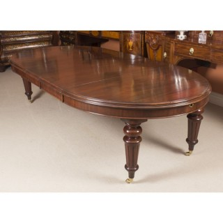 Antique 10ft Victorian Oval Flame Mahogany Extending Dining Table 19thC