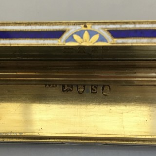 A diamond, enamel and 22ct gold patch box with painted miniatures, London 1793.