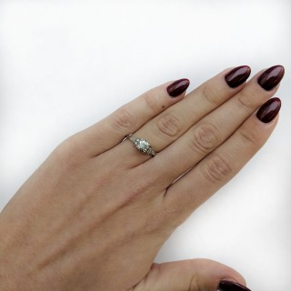 Art Deco 1 Carat Diamond Solitaire Engagement Ring